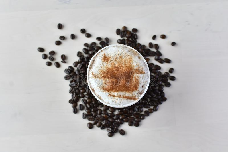 Document Koffiekop met koker 6 stock foto