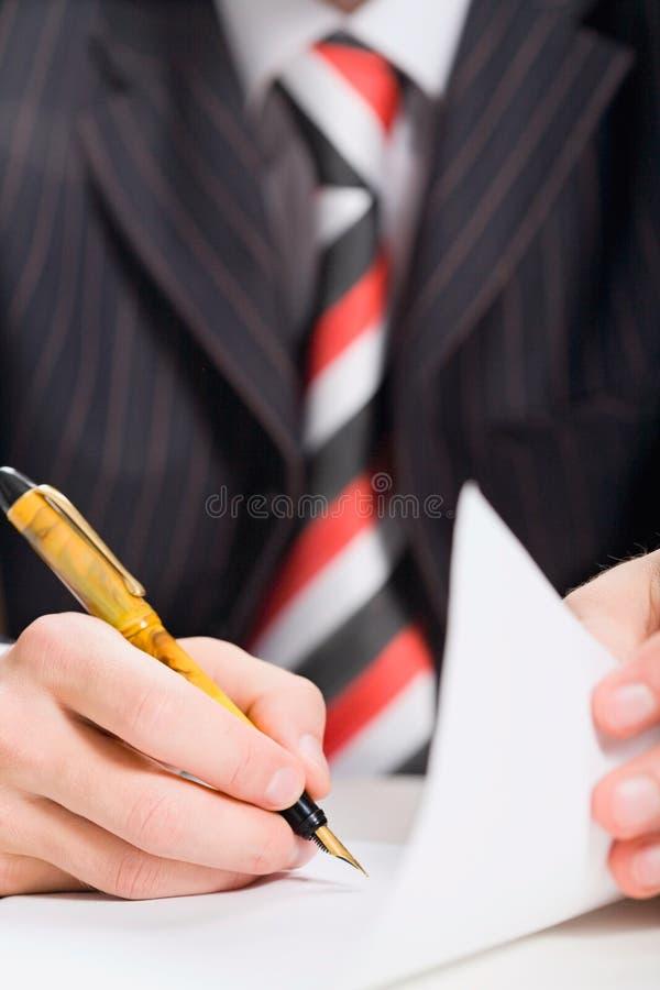 document underteckning royaltyfri bild