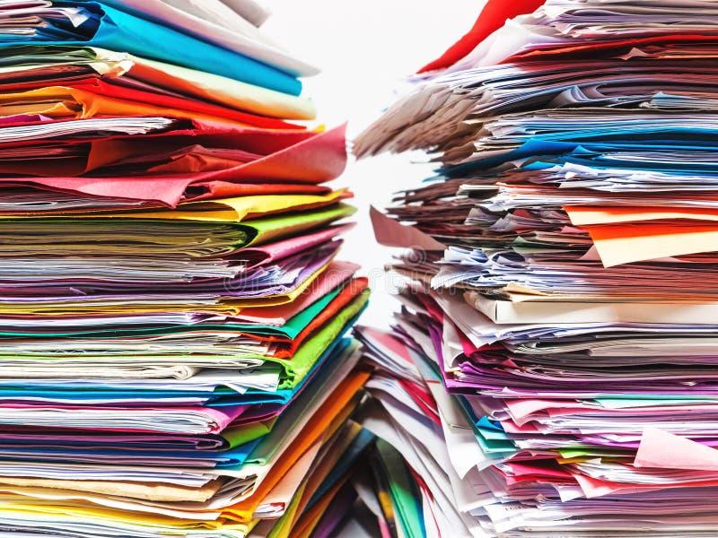 Documenten, dossiers, verslagen stock afbeeldingen