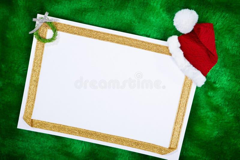 Documento in bianco e regali di Natale immagine stock libera da diritti