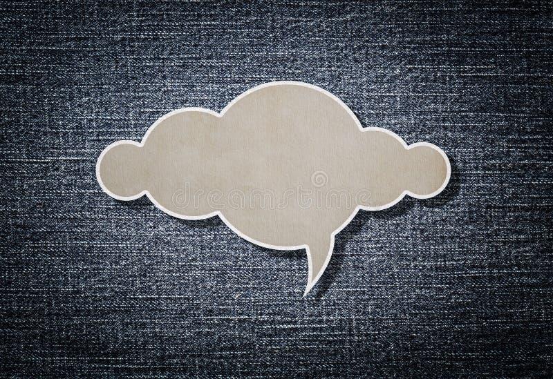 Documento de la nube sobre fondo azul del dril de algodón fotos de archivo libres de regalías