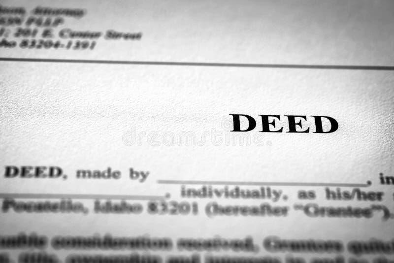 Documento legale al titolo di trasferimento di Real Estate fotografia stock libera da diritti