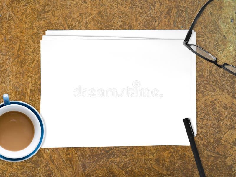 Documento vacío del Libro Blanco para insertar el texto fotografía de archivo libre de regalías