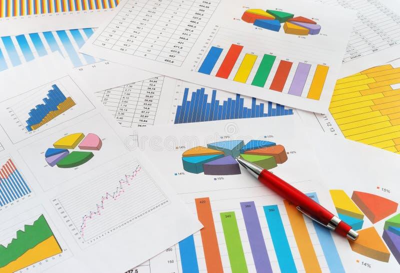 Documentos de las finanzas imagen de archivo libre de regalías
