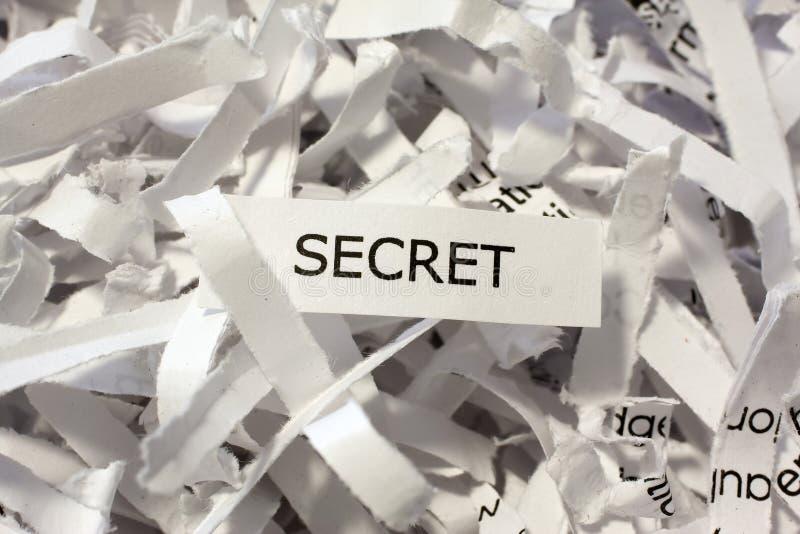 Documentos destrozados secreto foto de archivo