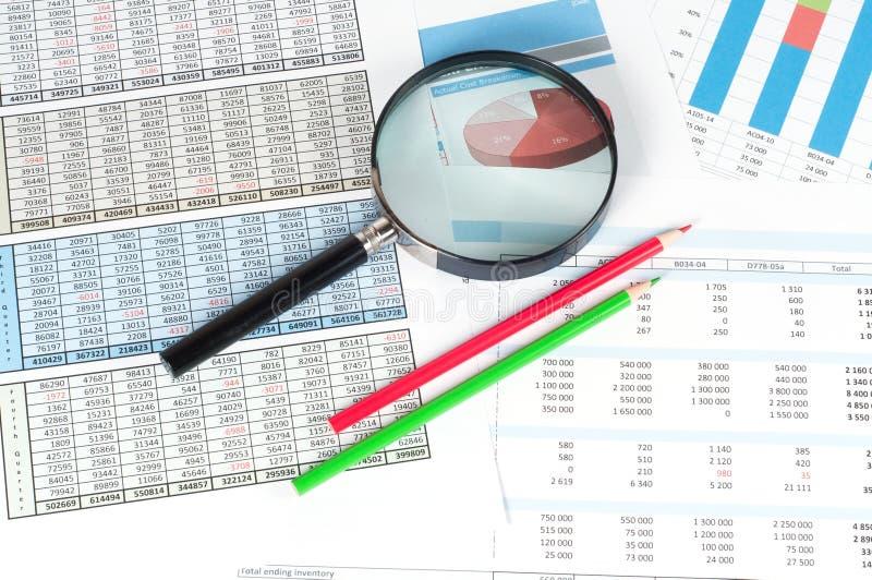 Documents financiers photographie stock libre de droits