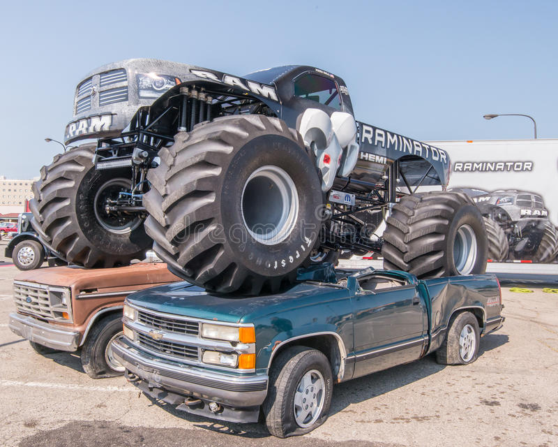 Monster Truck Dodge Ram >> Dodge Hemi Raminator, Woodward Dream Cruise, MI Editorial Stock Photo - Image: 58131388