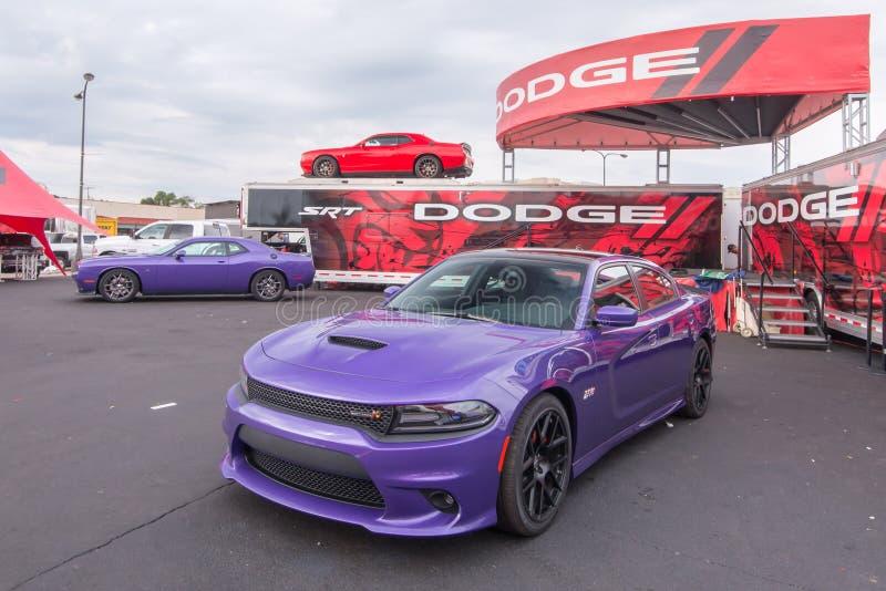 2015 Dodge pretendent i ładowarka, Woodward sen rejs, MI zdjęcie royalty free