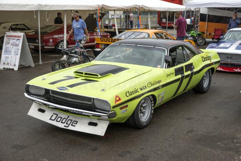 Dodge-uitdager trans am raceauto stock afbeeldingen
