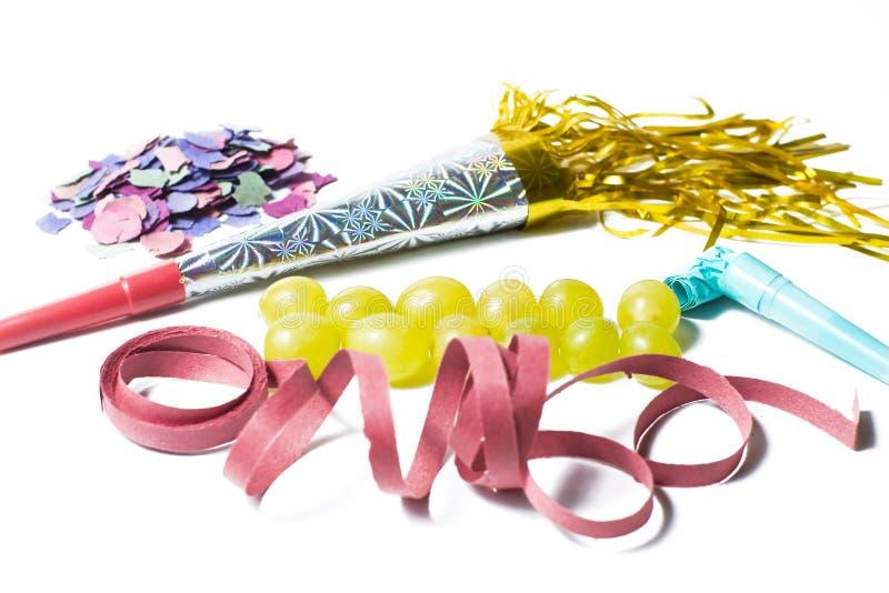 Dodici uva ed utensili per il nuovo anno immagine stock libera da diritti