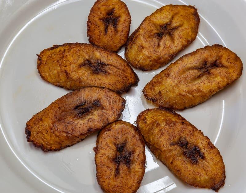 Dodo, llantén frito una comida deliciosa de Yoruba imagenes de archivo
