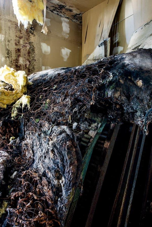 Doende walgen & Ontbindende Matrassen - Verlaten Catskills-Bergtoevlucht royalty-vrije stock foto