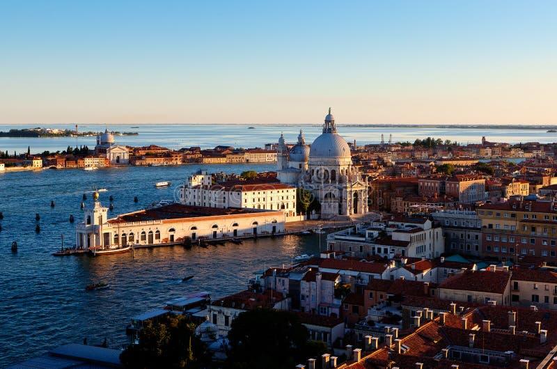 Dogana DA van Puntadella brengt, Venetië, Italië in de war stock afbeeldingen