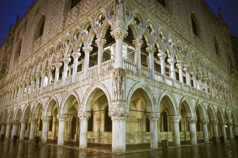 Doges-Palast in Venedig lizenzfreies stockbild