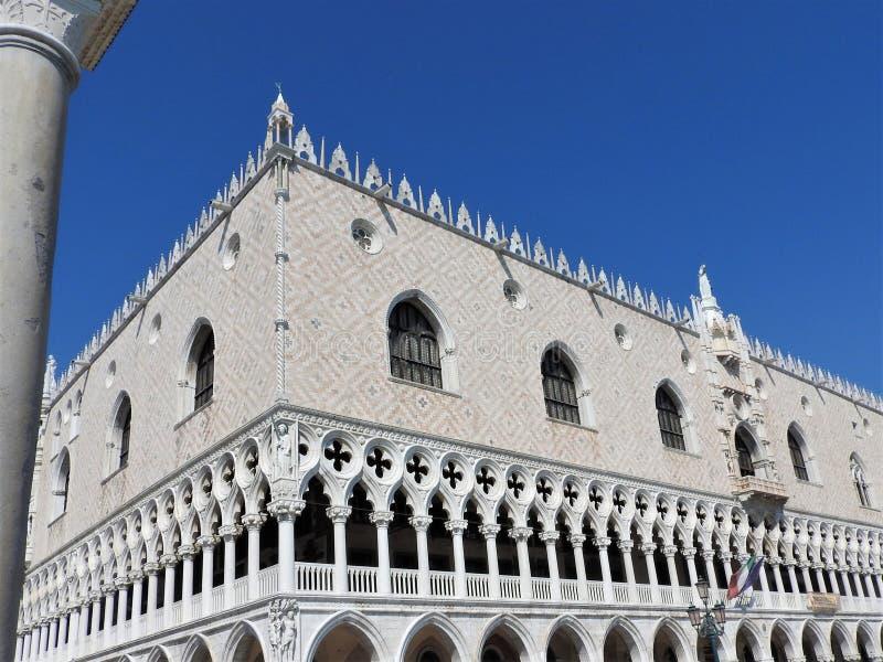 Doges slott, Venedig, Italien och arkitektoniska beståndsdelar royaltyfri fotografi