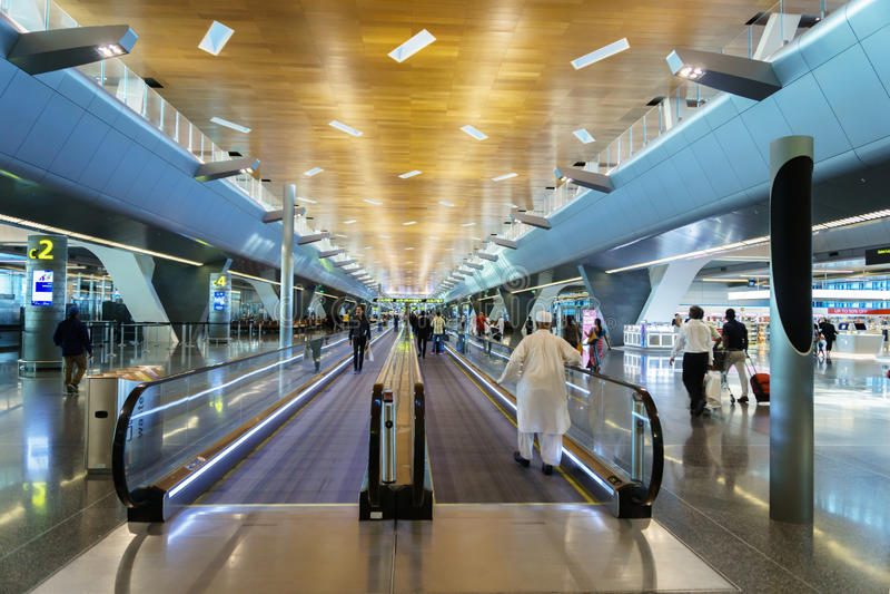 Doha Hamad International Airport, Qatar royaltyfria foton
