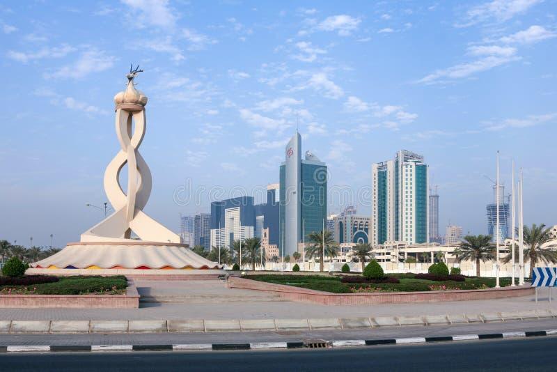 Doha oryxantilop och torn royaltyfria foton