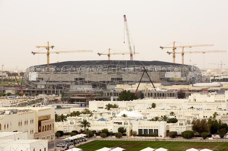 Doha, stade de football de construction du Qatar images libres de droits