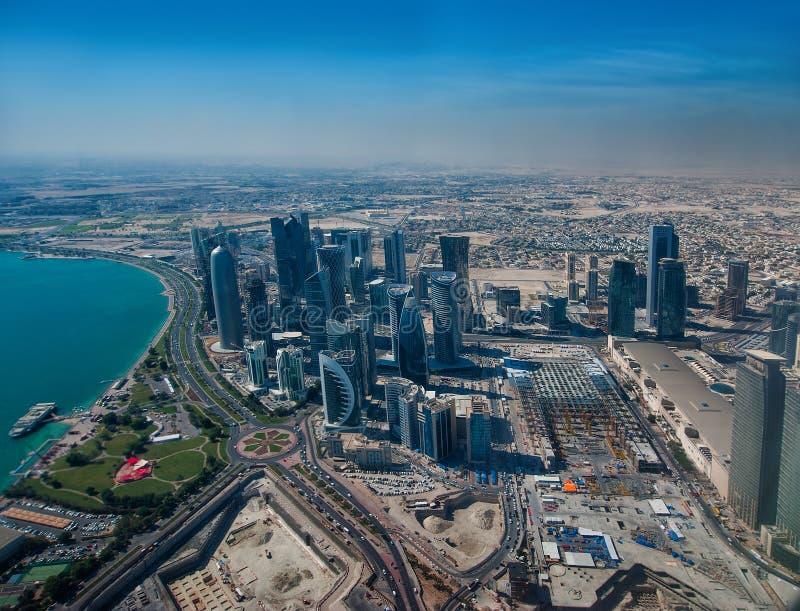 Doha w Katarskim widok z lotu ptaka obraz stock