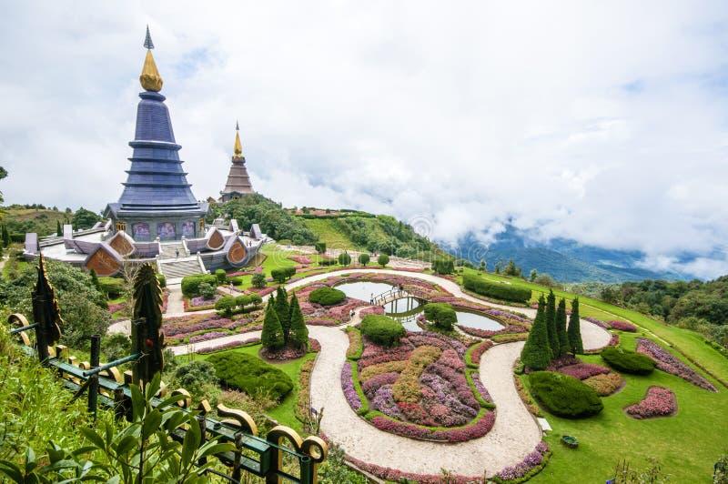 Download Doi Inthanon, Чиангмай, Таиланд Стоковое Изображение - изображение насчитывающей ведущего, художничества: 33736509