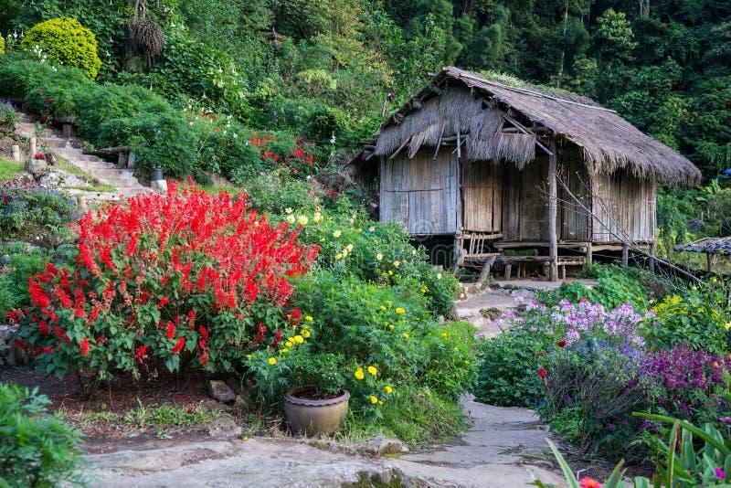 Doi Pui Mong Hill Tribe Village, Chiang Mai, Tailândia do norte fotos de stock royalty free