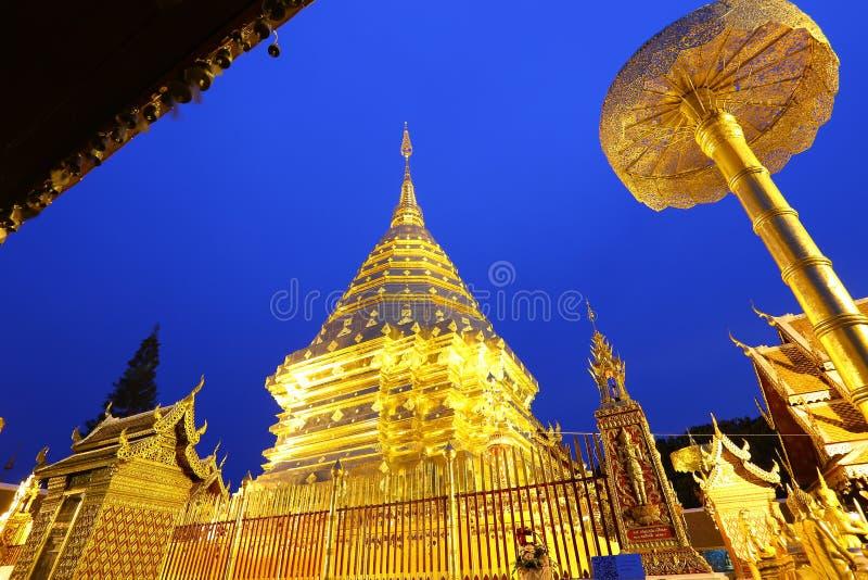 Doi Suthep of de tempel van het Heilige Overblijfsel van Doi Suthep royalty-vrije stock foto