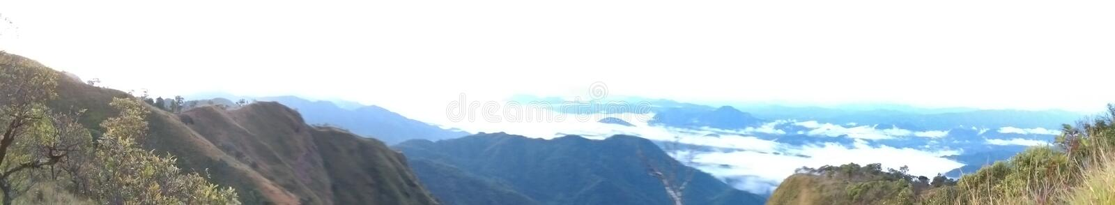 Doi Tulay & x28; tulay mountain& x29; panoramasikt arkivfoton