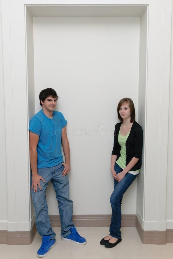 Dois adolescentes foto de stock royalty free