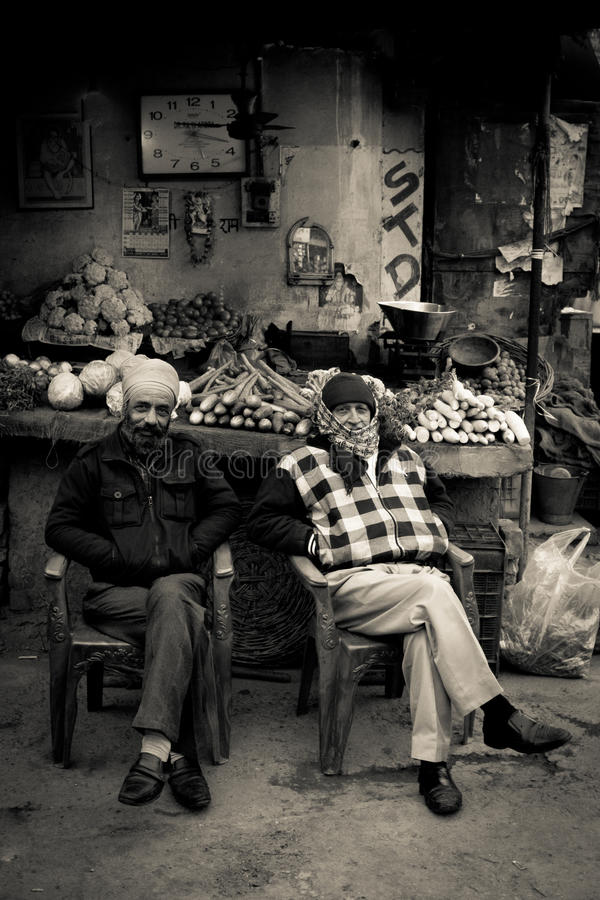 Dois anciões de Amritsar, Punjab, Índia fotos de stock