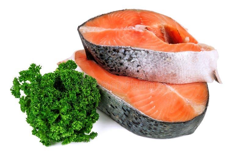 Dois bifes salmon no branco fotos de stock