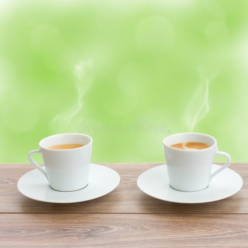 Download Dois copos de café foto de stock. Imagem de escuro, cafeína - 29846854