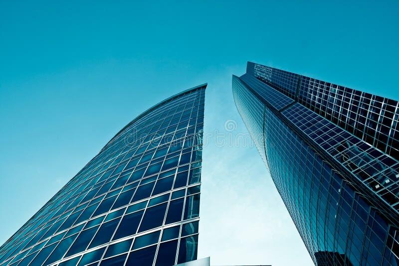 Dois edifícios modernos imagens de stock royalty free