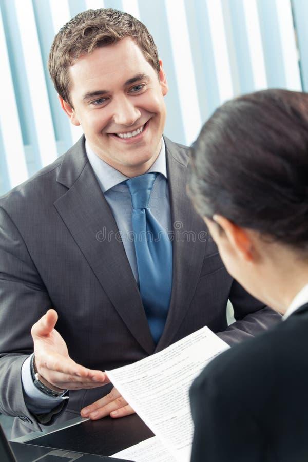 Dois empresários imagens de stock