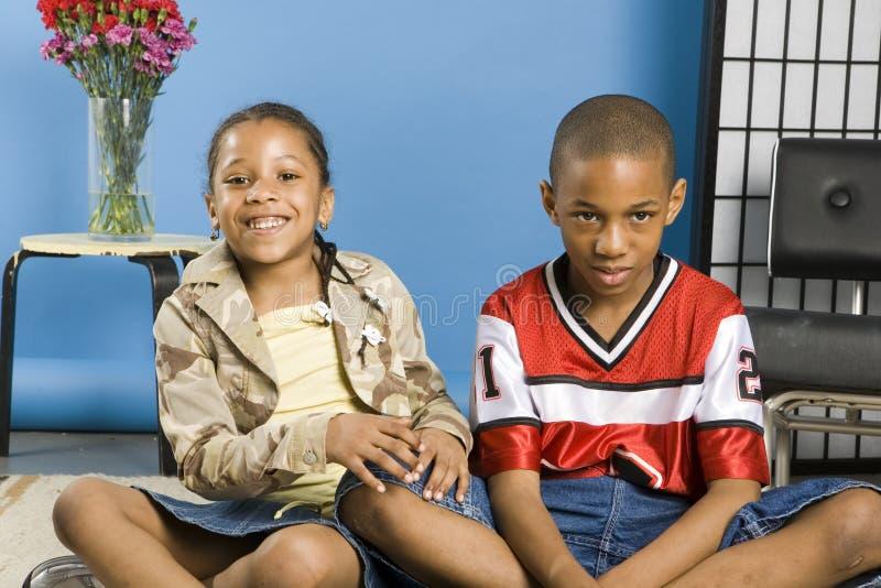 Dois miúdos bonitos imagem de stock royalty free