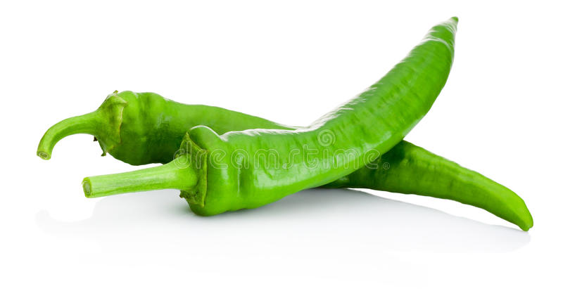 Dois pimentos verdes isolados no fundo branco fotos de stock royalty free