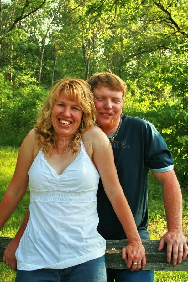 Dois povos no amor fotos de stock
