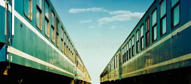 Dois trens imagem de stock