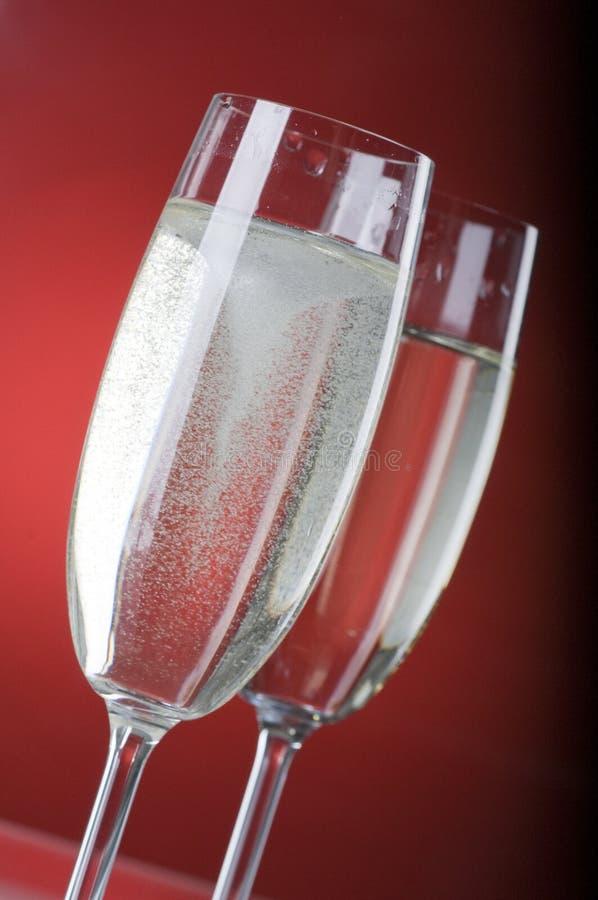 Dois wineglasses do champanhe imagens de stock