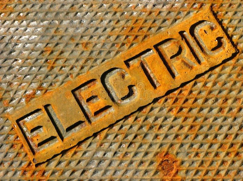 dojazdowej pokrywy instalacja elektryczna obraz royalty free