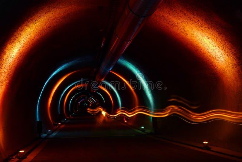 Dojazdowy tunel - Lekki przedstawienie obraz royalty free
