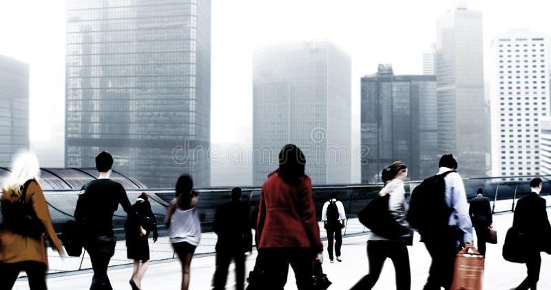 Dojeżdżającego pejzażu miejskiego odprowadzenia Korporacyjnej podróży Conce ludzie biznesu fotografia royalty free