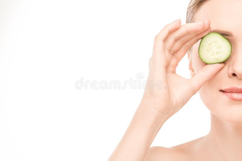 Dojrzała kobiety piękna opieka zdrowotna odizolowywająca na bielu zdjęcia royalty free