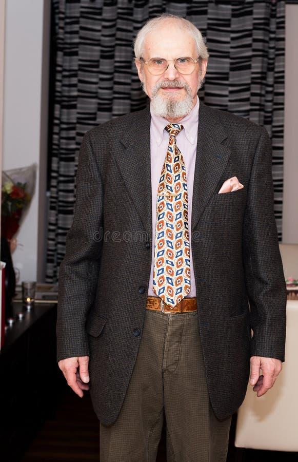 Dojrzała starszego mężczyzna pozycja obrazy royalty free