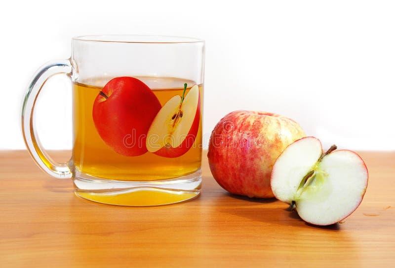 dojrzałe jabłko sok obrazy stock