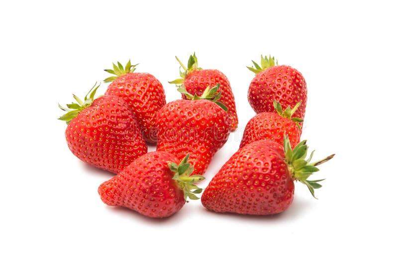 Dojrzałych truskawek naturalny jedzenie odizolowywający obraz stock
