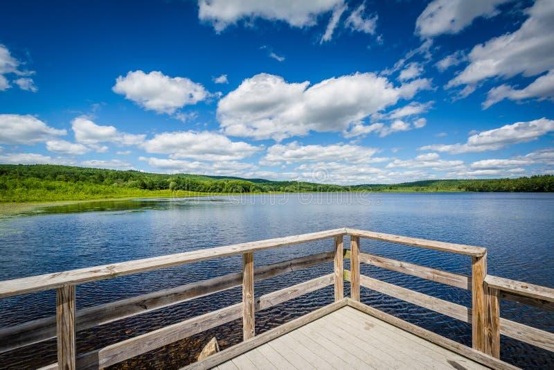 Dok op de Schildpadvijver, in Verdrag, New Hampshire royalty-vrije stock foto