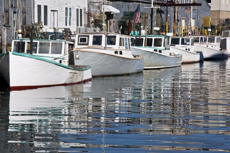 Dokken en boten stock afbeeldingen