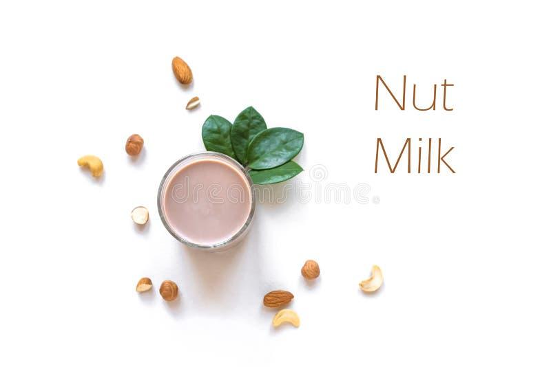 Dokrętki mleko obrazy stock