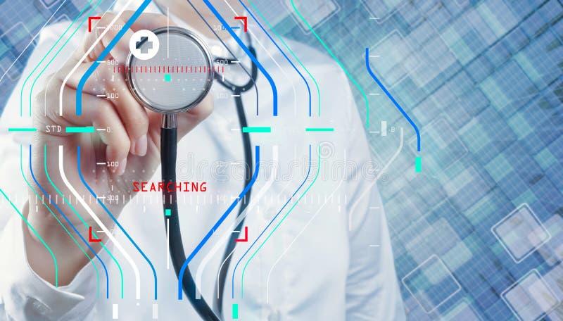 Doktor med en stetoskop i händerna arkivbild