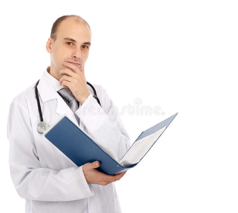 Doktor mit einem Faltblatt stockbild